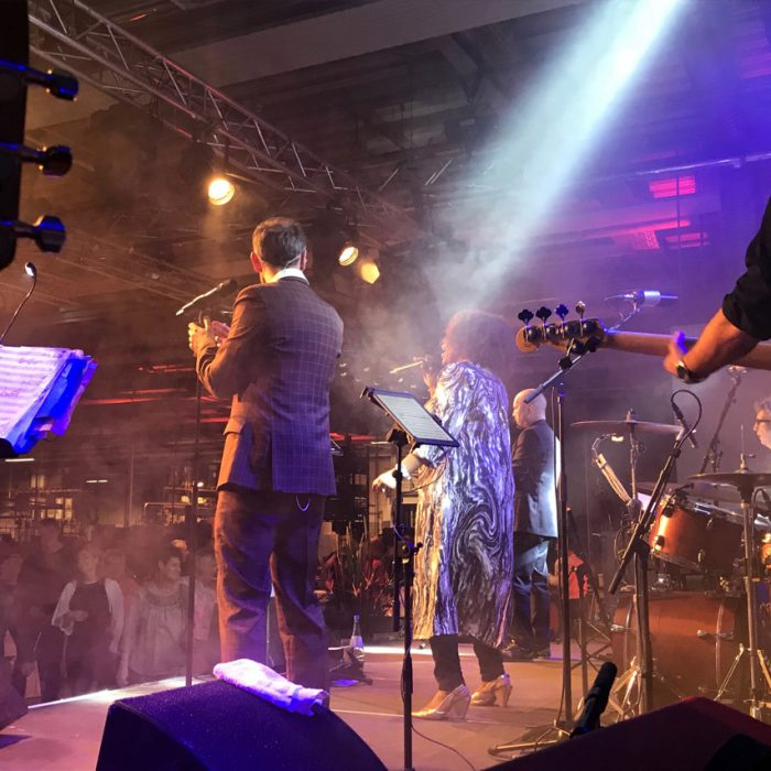AUDIO-SYSTEME - Firmenevent - Bühne und Band